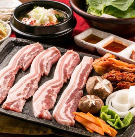 韓国家庭料理×サムギョプサル専門店 金ちゃん 渋谷本店のメイン画像2