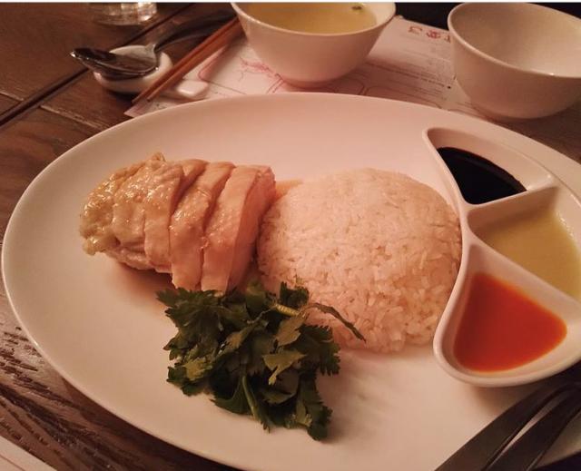 海南鶏飯食堂3 表参道店のメイン画像2