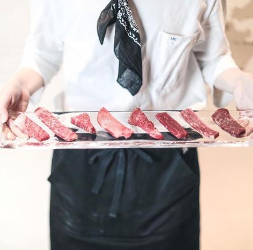 A4黒毛和牛熟成肉焼肉 Yakiniku221のメイン画像1