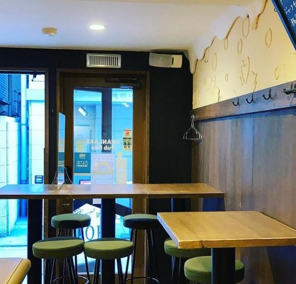 SWANLAKE Pub Edo 田町店のメイン画像2
