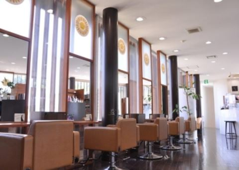 Remit Hair miuq 上野丘店